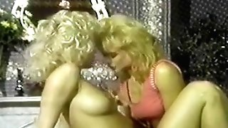Amber Lynn And Nina Hartley W - Pink Tv Two Lezzie Scene