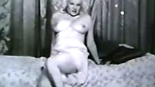 Erotic Nudes 604 50's and 60's - Scene 7